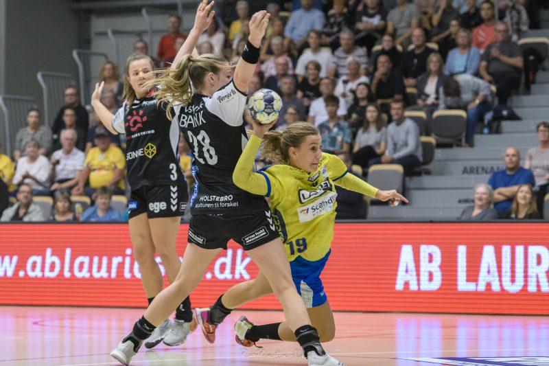 Sverige lekte sig till final
